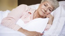 Saiba qual travesseiro contribui para a qualidade do sono dos idosos!