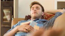 Saiba mitos e verdades sobre dormir após o almoço